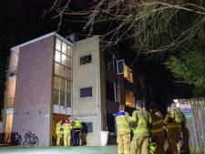 Mogelijk brandstichting in appartement in Ellecom: bewoner en vrouw uit Dieren lichtgewond