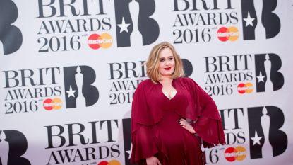 """Adele komt """"sneller dan verwacht"""" met nieuwe muziek"""