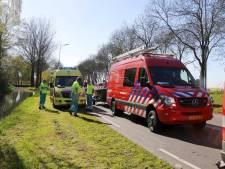 Brandweer, politie en ambulance rukken massaal uit voor scooter te water in Rosmalen