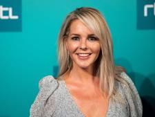 Chantal Janzen aan de slag als dierenarts in Harbrinkhoek: 'Soms lastig en soms hilarisch'