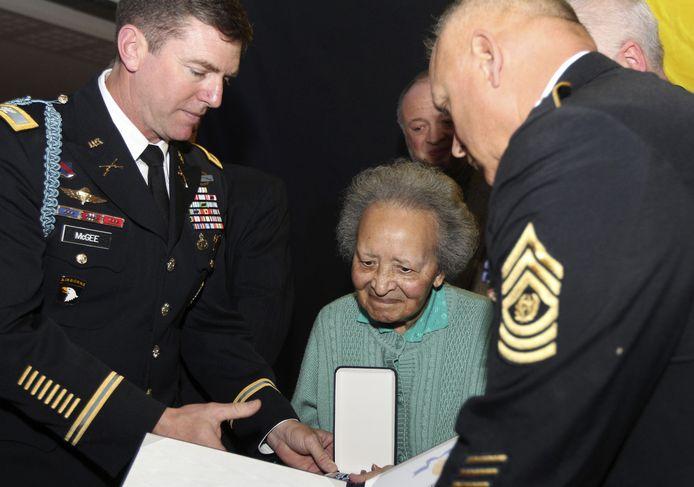 In 2011 kreeg Augusta Chiwy in Brussel al een ereteken van het Amerikaanse leger.