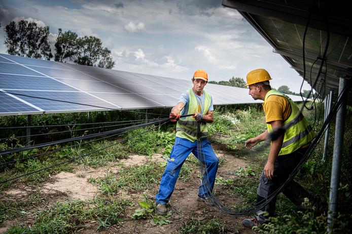 Wijchen en Druten bereiden zich ook voor op de komst van zonnevelden, zoals er nu bij Ewijk ook een wordt aangelegd.
