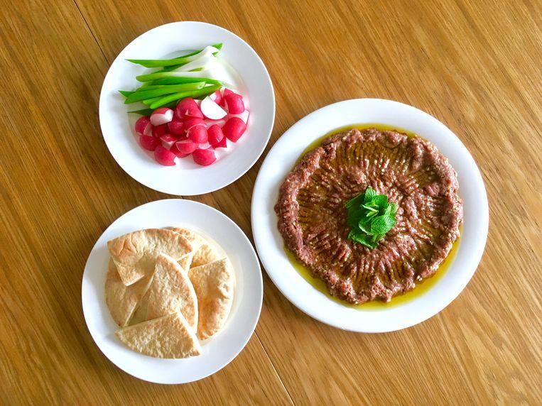 Kibbeh nayyeh, Libanese steak tartare. Beeld Sake Slootweg