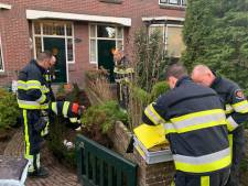 Tuinman raakt gasleiding in voortuin van woning in Oss