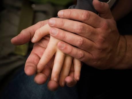 Een jaar cel geëist tegen 'masserende' misbruikopa uit Gouda