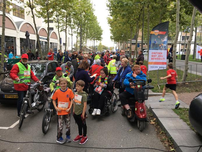 Start van de 5KM4ALL op de Torenallee in Eindhoven. Deel van Marathon Eindhoven.