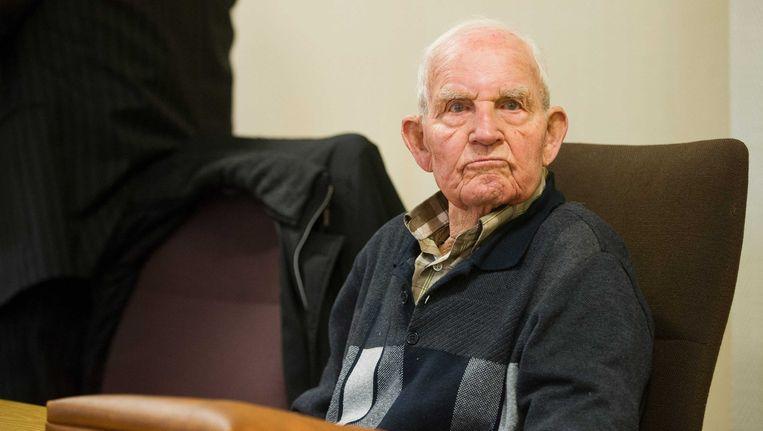 Archieffoto van Siert Bruins in de Duitse rechtbank waar hij eerser levenslang tegen zich hoorde eisen Beeld null