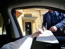 Twentse notarissen druk: testament tekenen via het autoraam