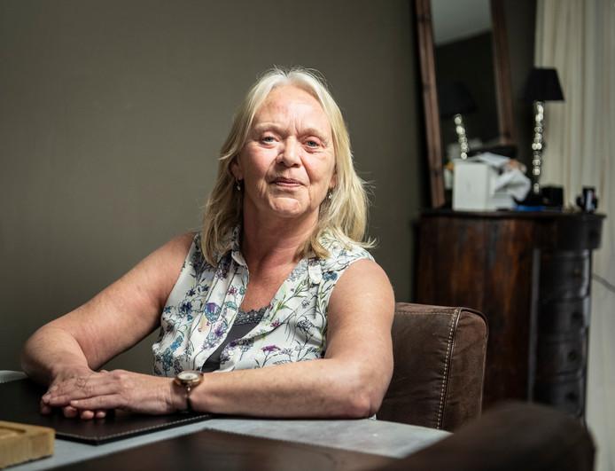 Marijke van IJsselmuiden (61) zit sinds 2015 thuis en wil graag aan het werk.