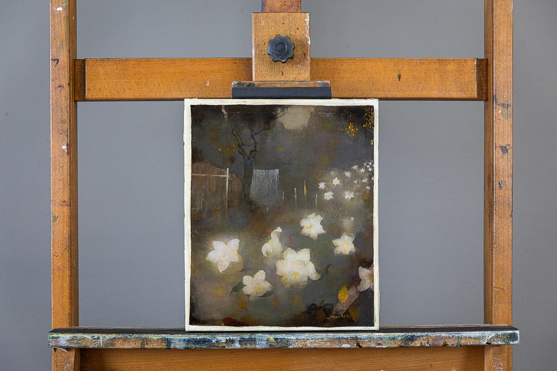 Het herontdekte schilderij Leliën van Jan Mankes. Beeld Natascha Libbert (locatie: restauratieatelier Han Boersma)
