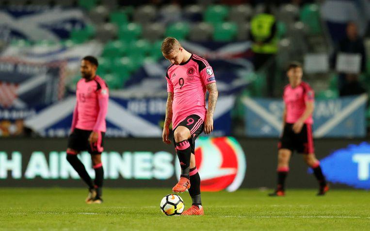 Bedroefde gezichten bij de Schotten na het gelijkspel in Slovenië