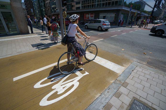 Une piste cyclable accompagne désormais la majorité de la Petite Ceinture de Bruxelles.