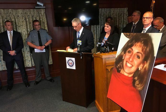 De openbaar aanklager kondigt de doorbraak aan in de cold case rond de moord op Christy Mirack (25) in Lancaster, Pennsylvania.