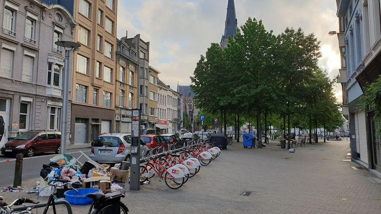Het sluikstort in de Kerkstraat.