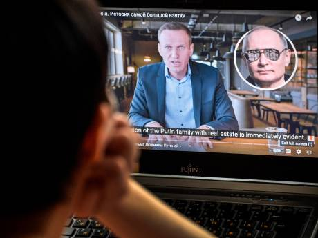 Les autorités russes répliquent face au succès de l'enquête de Navalny sur Poutine