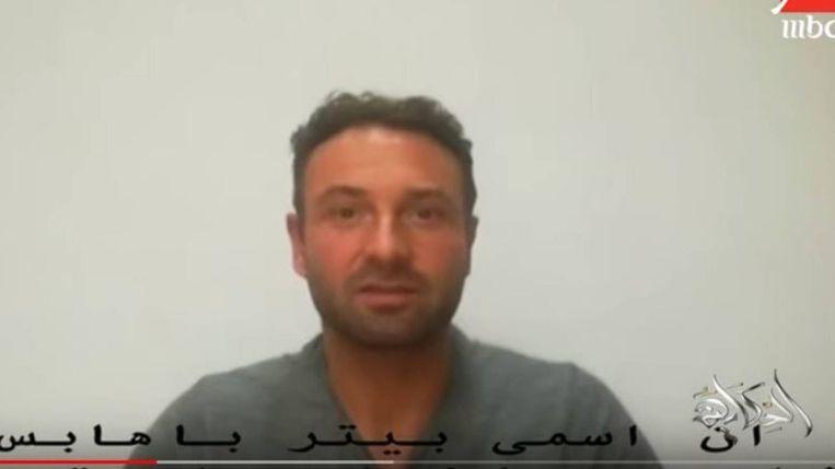 Pieter Bas Habes op beelden van de Egyptische televisie MBC. Beeld MBC