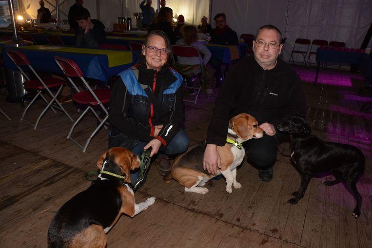 Roxanne en Yves hebben intussen ook nog twee andere honden geadopteerd.