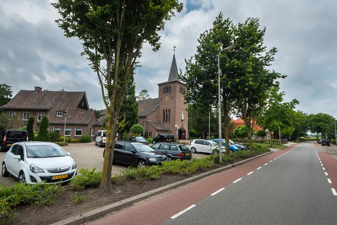 De Oldenzaalseweg en het plein voor de Mariakerk gaan op de schop.