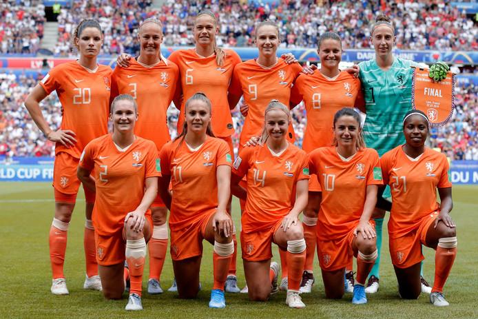 Oranje voor aanvang van de WK-finale.