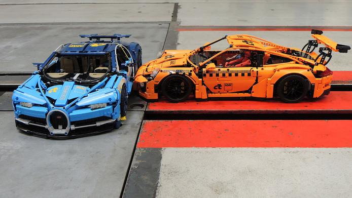 Crash tussen een Lego-Porsche en -Bugatti