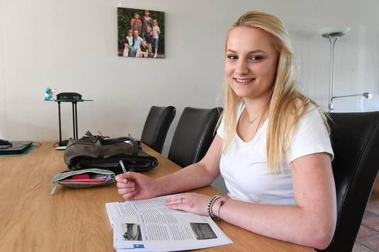 Tyra Vriens (17) uit Boxmeer.