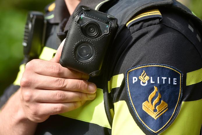 Een bodycam op een politie-uniform.