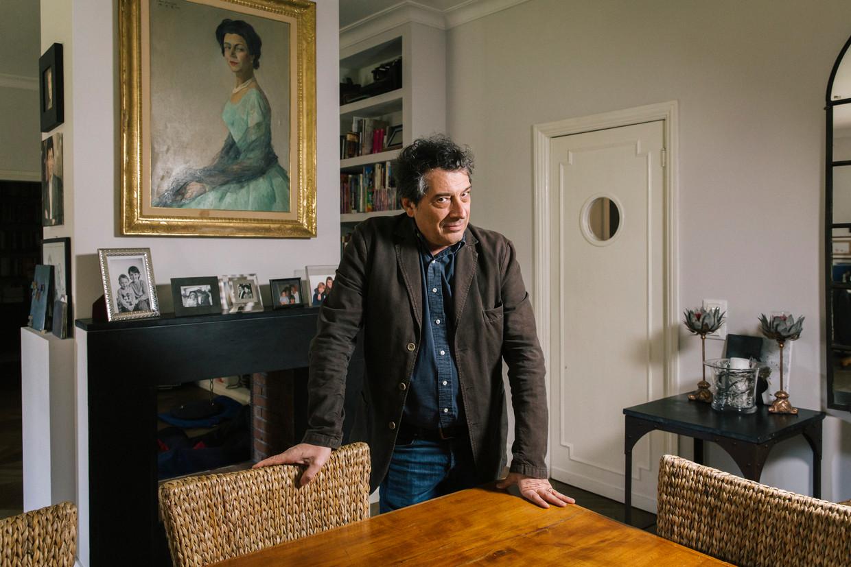 Sandro Veronesi: 'Deze roman is raar. Hetwas alsof hij al in mijn hoofd zat en ik hem alleen maar moestontdekken.'  Beeld Gianni Cipriano