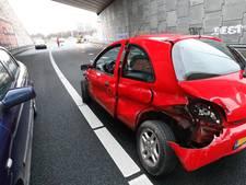 Ongeval bij De Hogt met 4 auto's, verbindingsweg tussen A67 en A2 weer open