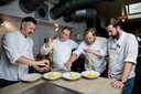 Rogier Bosua (41), rondreizend freelance chef, van catering tot privédiner. Ettore di Carlo (62), chef uit de Abruzzen, alweer 40 jaar in Nederland aan de kook. Liam Lijnes (37), Zuid-Afrikaanse chef met 20 jaar kookervaring, onder meer in restaurants in Italië. Patrick Bergers (29), hobbykok, assistent-chef en marketingman van kookschool Keizer Culinair.