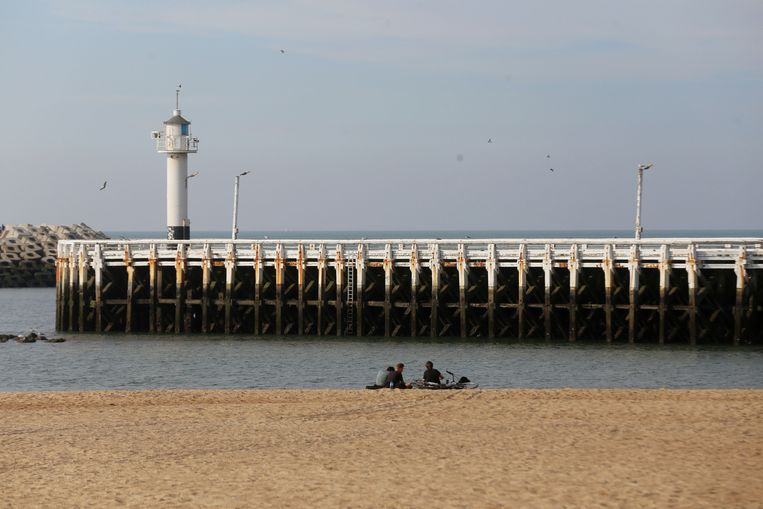Het Westerstaketsel aan het strand van Oostende.