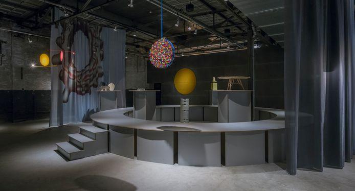 Beeld van de expositie De Cirkel in De Kazerne in Eindhoven