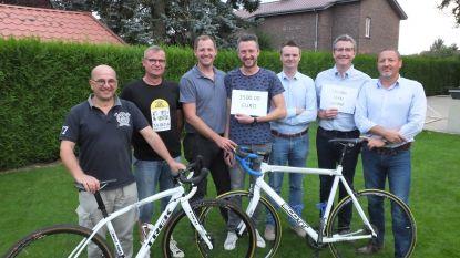 Cycling Team Leerne schenkt 1.500 euro aan CAR Ter Kouter