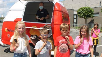 Koelwaren Biebuyck deelt 20.000 ijsjes uit aan jeugdkampen en speelpleinwerking
