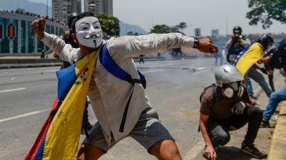 233 mensen opgepakt tijdens betogingen tegen Venezolaanse president Maduro, zeker vijf doden