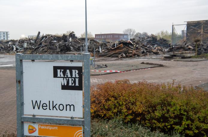 Alleen het toegangsbord doet nog denken aan de Karwei aan de Laan van Dierenriem in Apeldoorn.