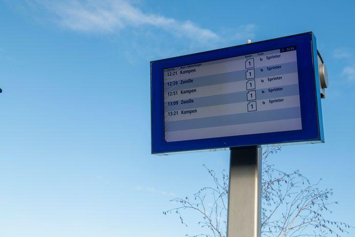 Vertrektijden vanaf station Zwolle Stadshagen.