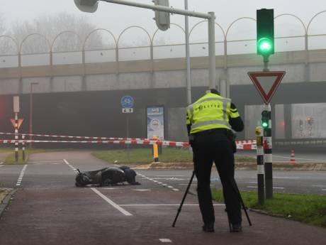 Slachtoffer (47) van verkeersongeluk op nieuwjaarsdag op 't Goyplein overleden