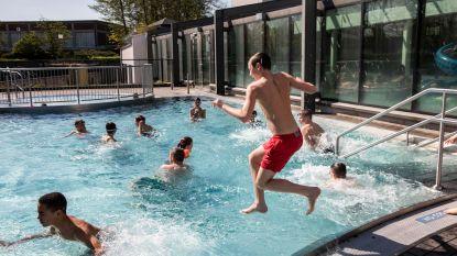 Zwembad blijft tot middernacht open om afkoeling te zoeken tijdens hitte