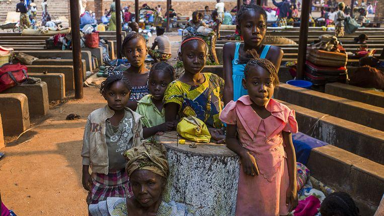 Kinderen in het vluchtelingenkamp in Bangui, de hoofdstad van de Centraal Afrikaanse Republiek Beeld afp