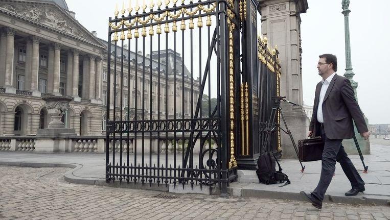 Wouter Van Besien kwam te voet aan bij het Koninklijk Paleis.
