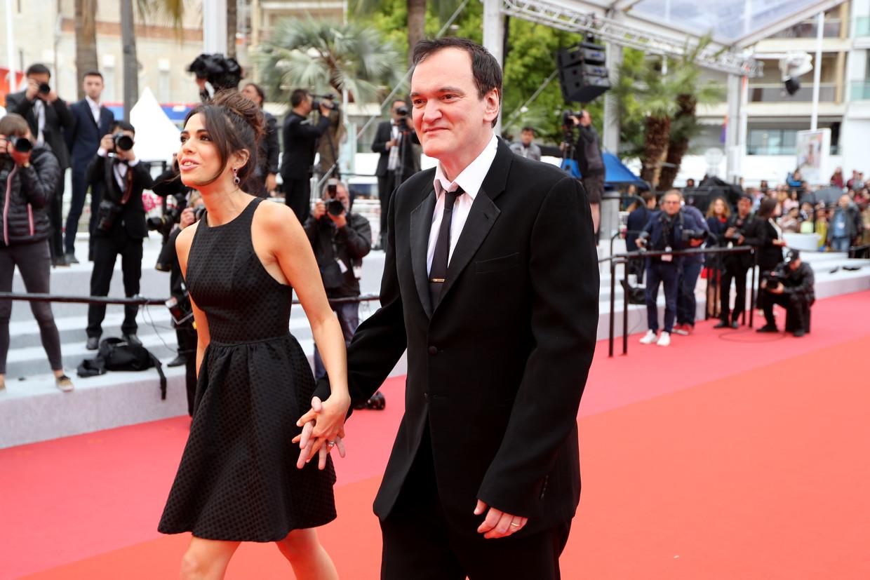 Regisseur Quentin Tarantino en zijn vrouw Daniella Pick arriveren bij de screening vanThe Wild Goose Lake tijdens het Cannes Filmfestival. Beeld AFP