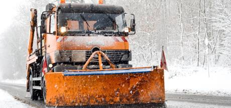 Drame en France: un adolescent se tue en scooter après une collision avec un chasse-neige