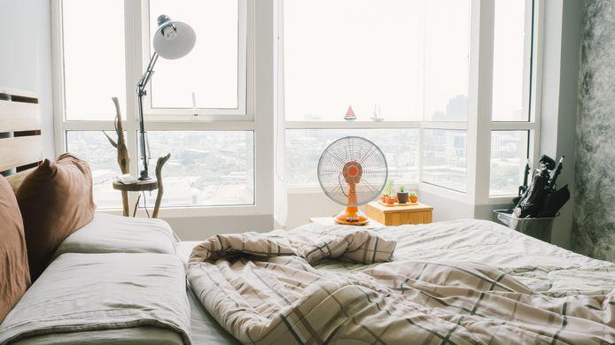 Lekker afkoelen met een ventilator in je slaapkamer.