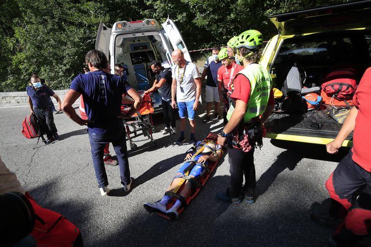 Remco Evenepoel werd afgevoerd naar het ziekenhuis van Como.