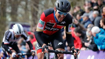 "Podiumplaatsen-experts stellen Van Avermaet gerust in Rondedroom: ""Chill, Greg, komt wel goed"""