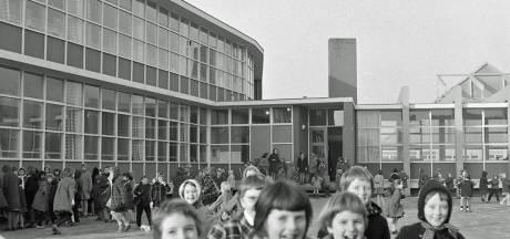RHC Eindhoven zoekt verhalen achter de foto's: Meisjesschool Pius X in Stratum