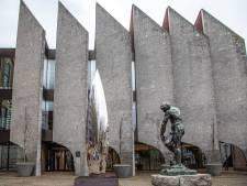Zwolle leent 20 miljoen euro om coronacrisis op te vangen: er gaat meer uit en komt veel minder binnen