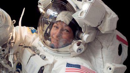 Meest ervaren ruimtewandelaar van NASA met pensioen