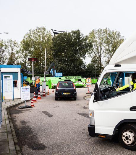 Oplossing voor boze zzp'ers die op afvalbrengstations in Arnhem worden geweigerd
