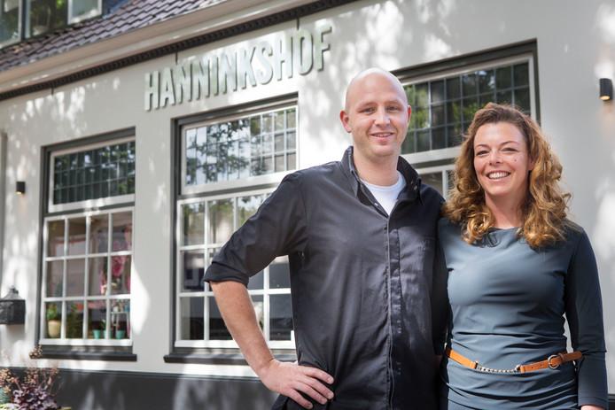 Jojan Kersbergen en Sabine Hof voor hun restaurant Hannninkshof.